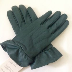 a . new day Keep Cozy Hunter Green Leather Gloves